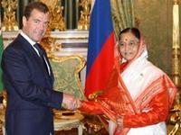 Rússia assina parceria estratégica com a Índia