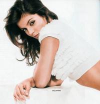 Andreia Rodrigues apresenta Portugal  em Miss Mundo 2008