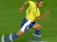 Brasil sobe de velocidade. França presente.