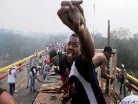 Constituição venezuelana proíbe pedido de intervenção armada. 30982.jpeg