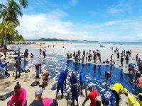 Suplica nordestina: Enquanto o povo se mobiliza limpando as praias, Bolsonaro passeia pelo mundo. 31983.jpeg