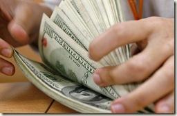 Quem informa o presidente dos prejuizos da compra das dólares?