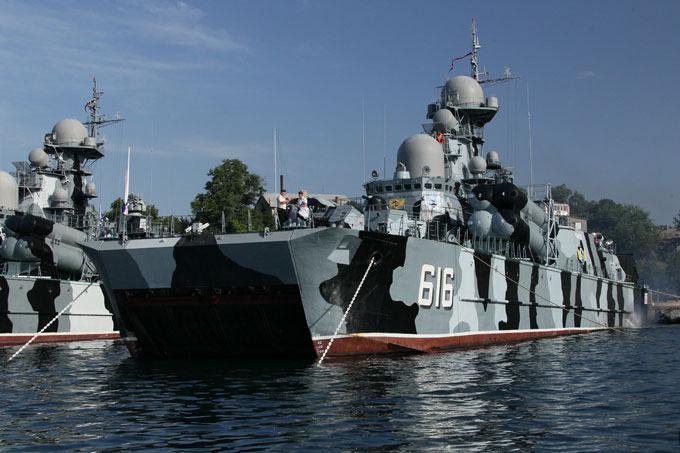 Frota russa do mar Negro marca aniversário