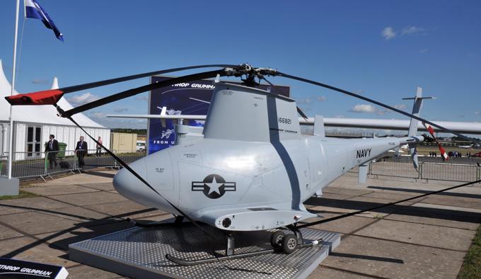 Drones é a arma do futuro A Marinha dos Estados Unidos inaugurou em 2013 seu primeiro esquadrão com as aeronaves tripuladas e não tripuladas Strike Squadron 35 . FotoFotodom.ru/Rex Features