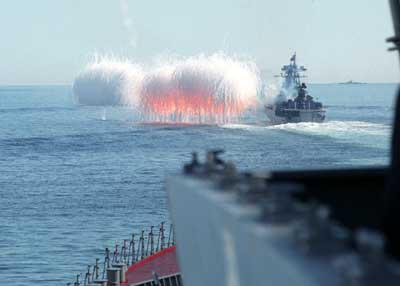 Rússia celebra 90º aniversário da Marinha Soviética