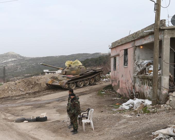 Quem é  Falcões do Deserto sírios?