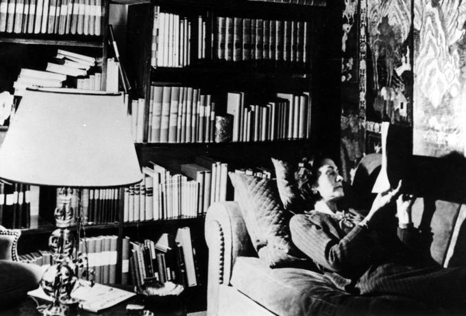 Coco Chanel era a agente da inteligência nazista?
