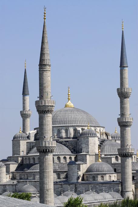10 as mais belas mesquitas do mundo Mesquita Azul do Sultão Ahmet I em Istambul, Turquia.©Fotodom.ru/Rex Features