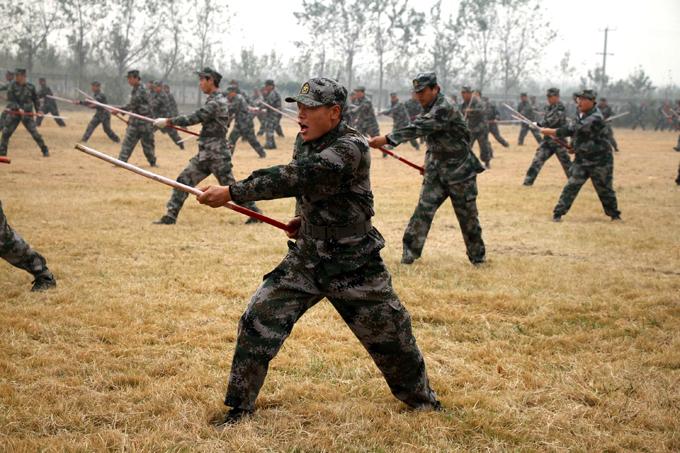 O Exêrcito chinês em treinamento