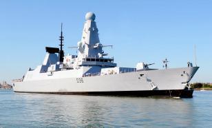 Reino Unido nega relatórios sobre fogo de alerta e bombas no HMS Defender