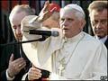 Papa Bento XVI fomenta diálogo na Turquia.