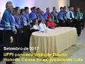 Lula, pelo mundo afora, recebeu honrarias ; na justiça brasileira pós-golpe, condenação
