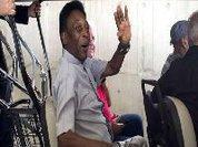 Pelé hospitalizado no Brasil para realização de exames médicos