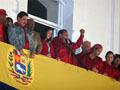 Reeleito Hugo Chávez em direcão ao socialismo