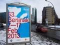 Berlinale doa cem mil a cineasta de Brasília