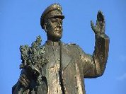 Um Acto Vergonhoso: Profanaram e Removeram a Estátua do Marechal Konev!