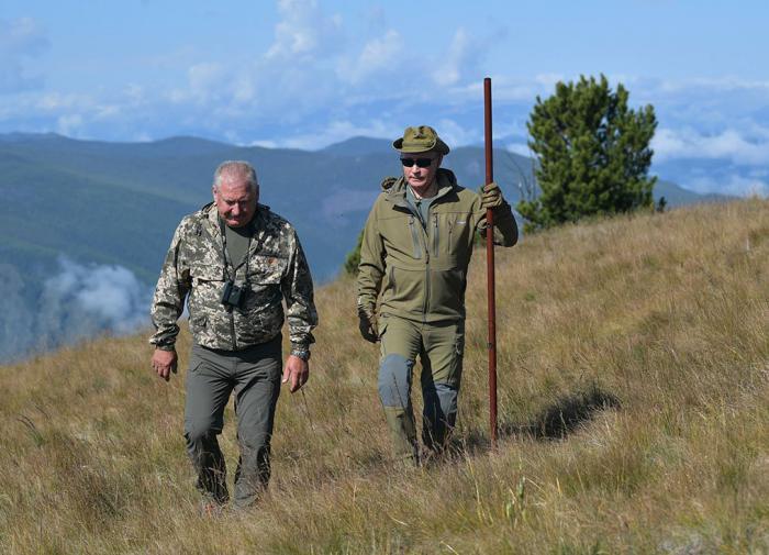 """Um especialista em novas cidades na Sibéria: """"Shoigu ergue um monumento para si mesmo"""""""