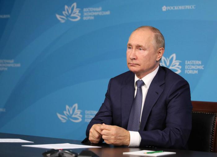 Putin explica porque o Afeganistão caiu no abismo do caos