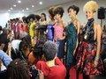 Agência de moda empodera jovens da periferia com concursos e desfiles