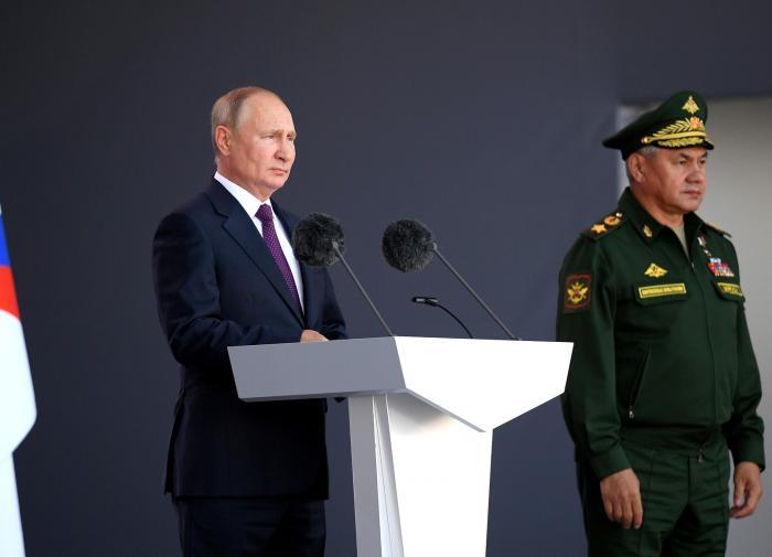 Todas as versões da quarentena de Putin: de um bunker a um motim de elite