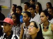 Desalentados: como a crise penaliza, culpabiliza e adoece a juventude