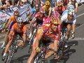 Giro d Italia regressa com o líder português Almeida