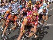 Giro d'Italia regressa com o líder português Almeida