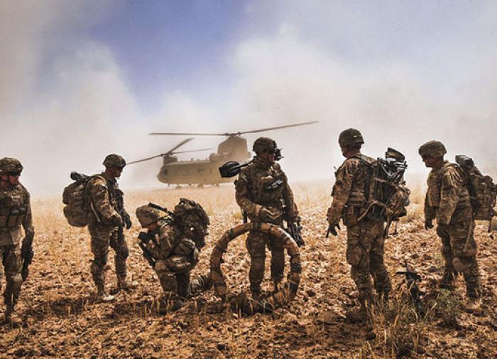 """A Rússia """"desmonta"""" o equipamento militar dos EUA no Afeganistão, disse Trump"""