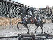 Como em  Bristol,  temos que derrubar a estátuas de Caxias?
