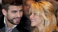A colombiana Shakira, de 35 anos, anunciou há poucas horas que está grávida do seu primeiro filho, fruto da sua relação com o futebolista do Barcelona Gerard Piqué, de 25.
