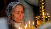 Vice-Primeiro-Ministro da República Popular de Donetsk, Andrey Purgin, disse que mais de 400 corpos foram entregues aos necrotérios de Donetsk e cidades vizinhas  depois de terem sido encontrados em valas comuns. São as vítimas do Exército ucraniano a matar os civís com uso das torturas. Fotos AP.