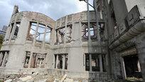 O Japão assinala este mês o 70º aniversário dos bombardeamentos atómicos de Hiroshima e Nagasaki.As mortes causadas pelas explosões nucleares em Hiroshima e Nagasaki, em 6 e 9 de agosto, respectivamente, somam mais de 246 mil pessoas. Setenta anos depois dos bombardeamentos dois hospitais da Cruz Vermelha continuam a atender milhares de pessoas que ainda sofrem com sequelas deixadas pelos ataques. Fotos:Fotodom.ru/Rex Features